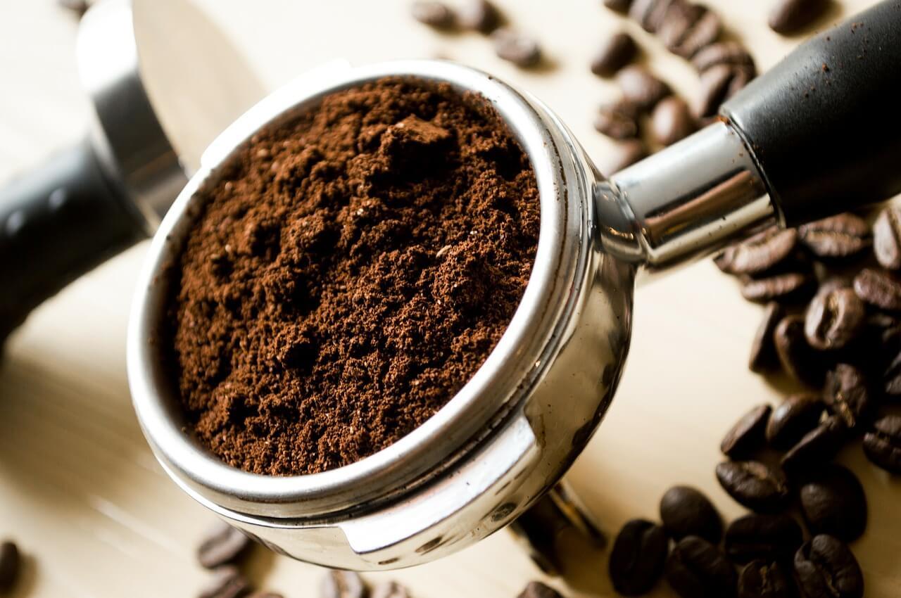 prírodný peeling z kávy