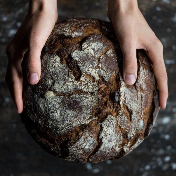 čo so starým chlebom