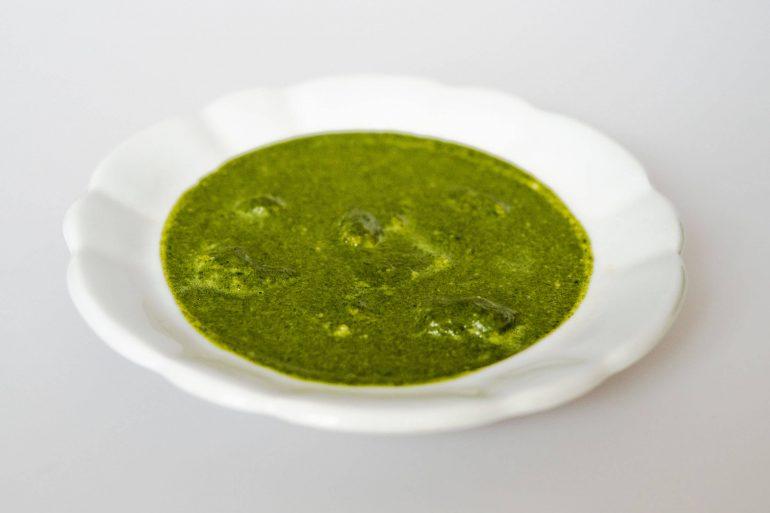 Recept: Krémová špenátová polievka s haluškami