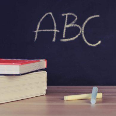 Învățați copiii limbi străine de mici