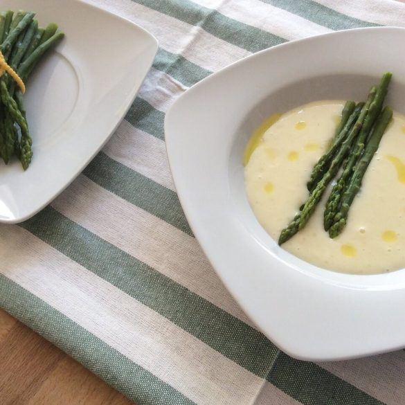 Krémová špargľová polievka