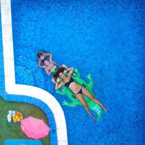 Cum sa scapi de apa verde din piscină