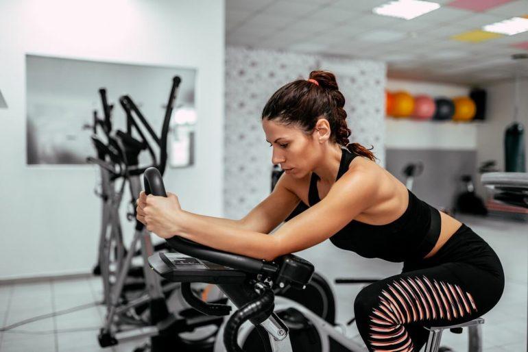 Fogyás szobabiciklivel - Egészségesebb, mint a futás..