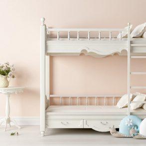 Cumpărați pat supraetajat?
