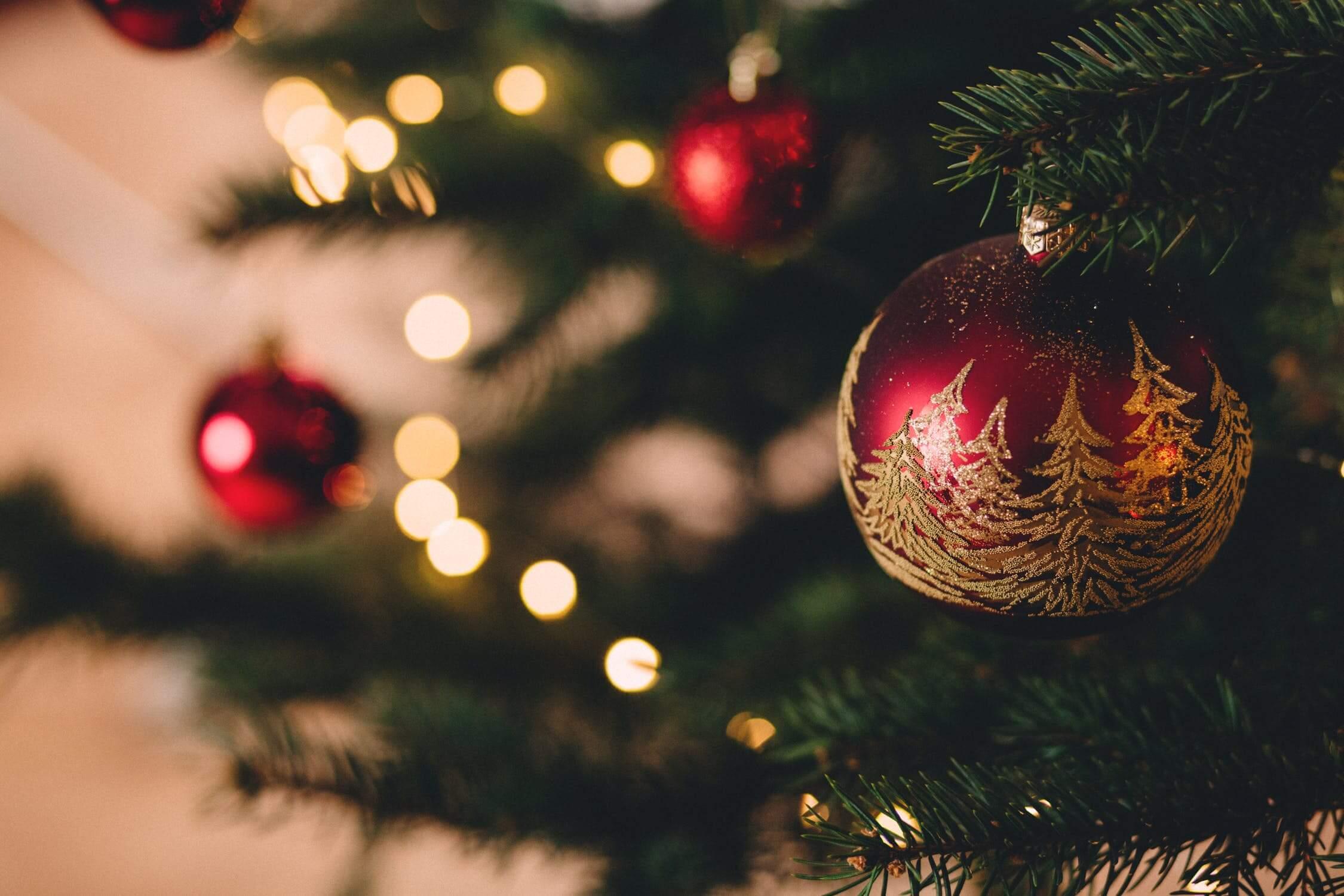 v mnohých prípadoch skončia vianočné darčeky zabalené v skrini, lebo si ich šetria
