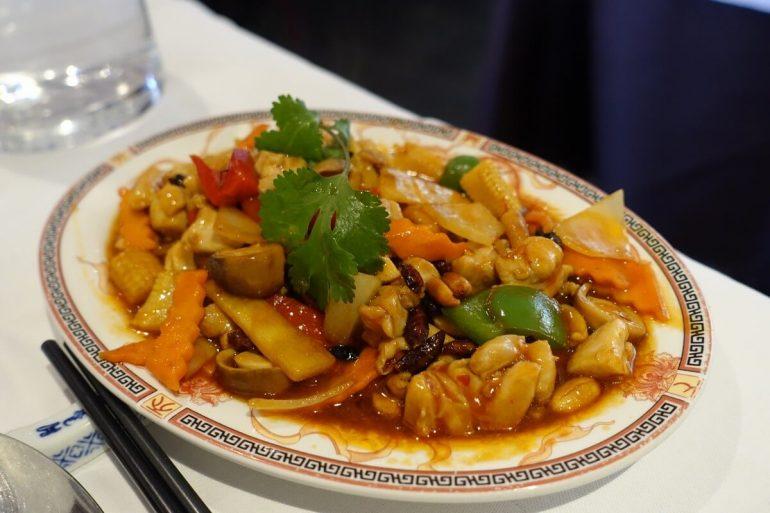 Tradiționalul kung pao chinezesc