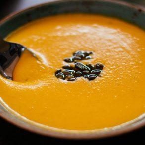 Blesková polievka s tekvicovým olejom pre deti od jedného roka