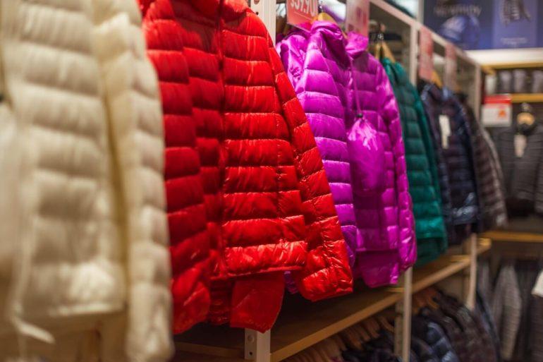 Ako uskladniť sezónne oblečenie