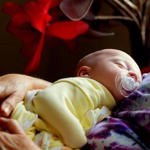 Koľkokrát za deň by malo spať vaše bábätko?