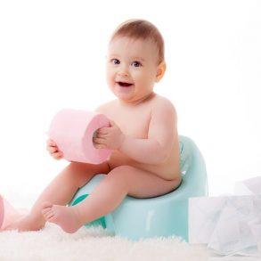Čo vám napovie farba stolice u dojčaťa