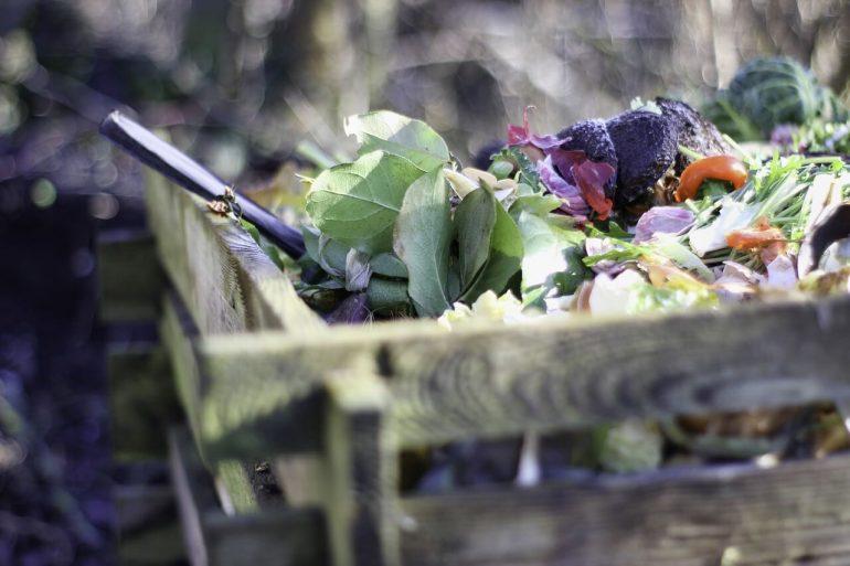 kompost vám dokáže zohriať vodu či vykúriť kôlňu
