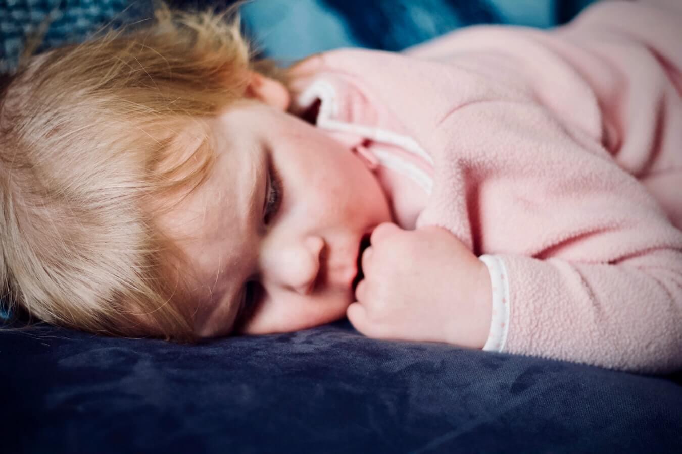 Olvassuk el az anyukák reális tapasztalatait, akik kipróbálták az alvásedzést.