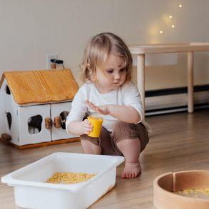 Cum să încurajați creativitatea la copii