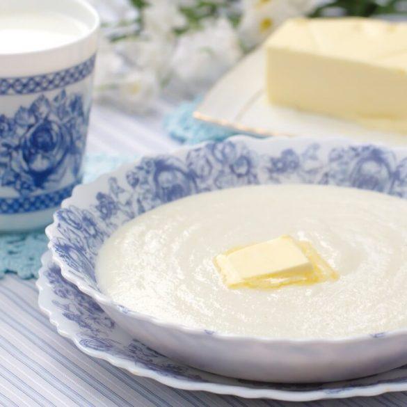 Preparați griș cu lapte perfect pentru copii