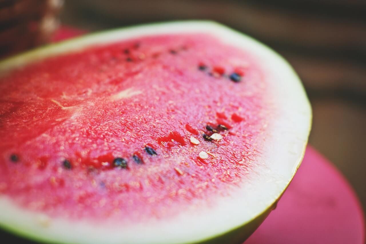 Ako zistiť, že melón je sladký/pripravený na zber