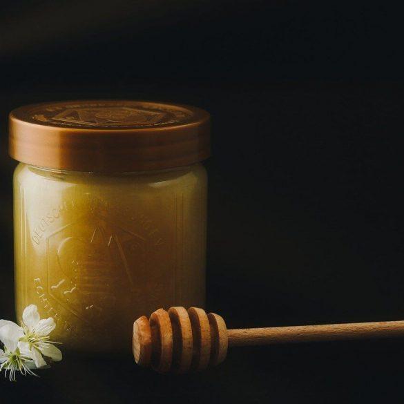 Hogyan olvasztjuk fel a megcukrosodott mézet