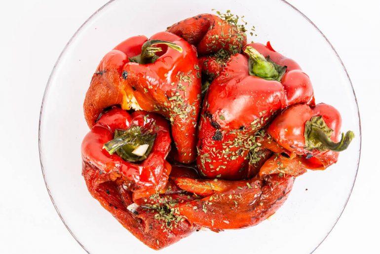 Dip k mäsu z pečených paprík