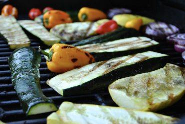3 rețete vegetariene la grătar