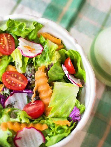 4 recept az egészséges salátaöntethez
