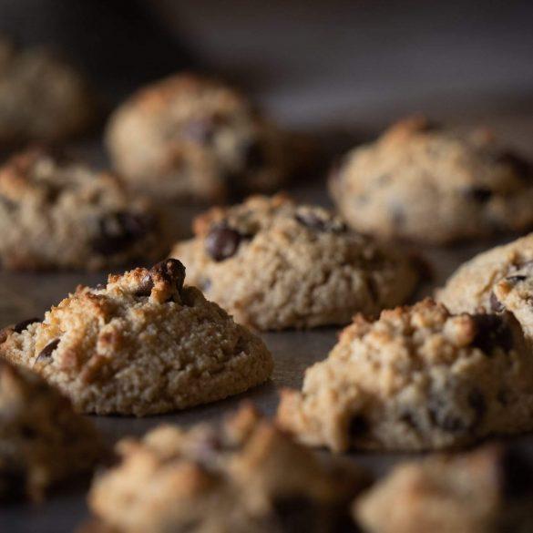 Almás cookies crumble stílusban