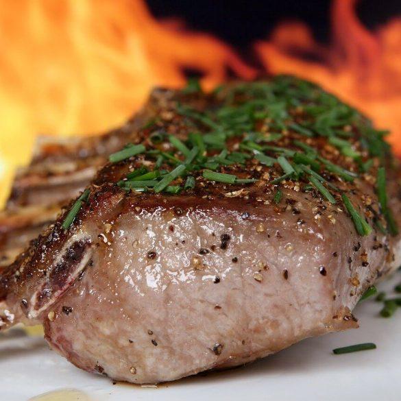 Coaste de porc la grătar