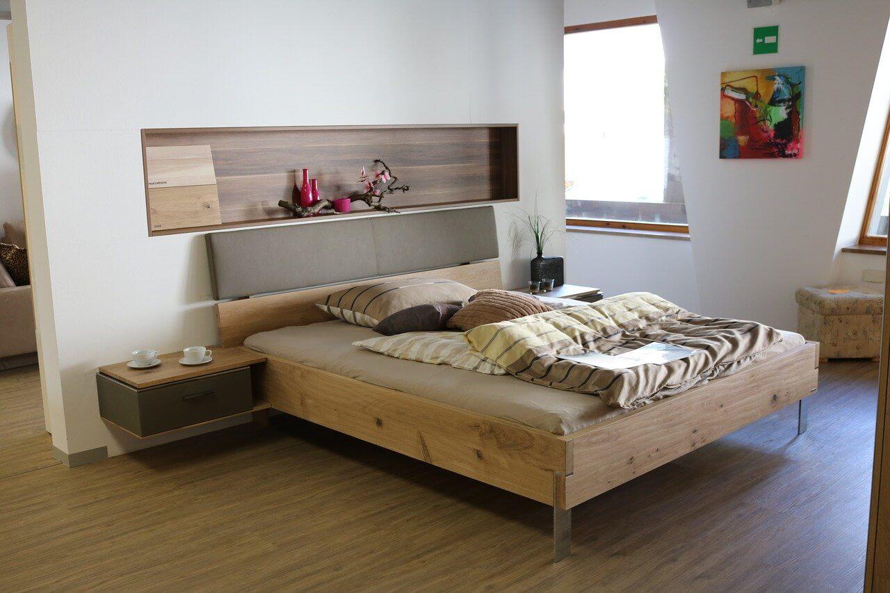 Optické rozdelenie spálne a obývačky