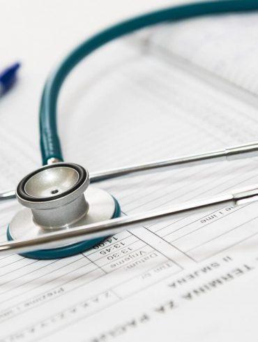prvá návšteva lekára s novorodencom