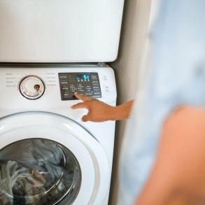 Zapácha vám práčka?