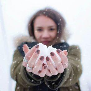 Scapă de pielea uscată și iritată în sezonul rece