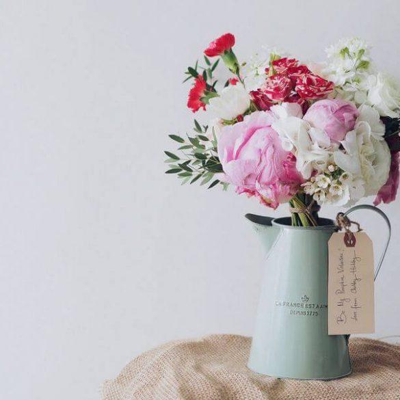 Cadouri pentru doamne de 8 Martie