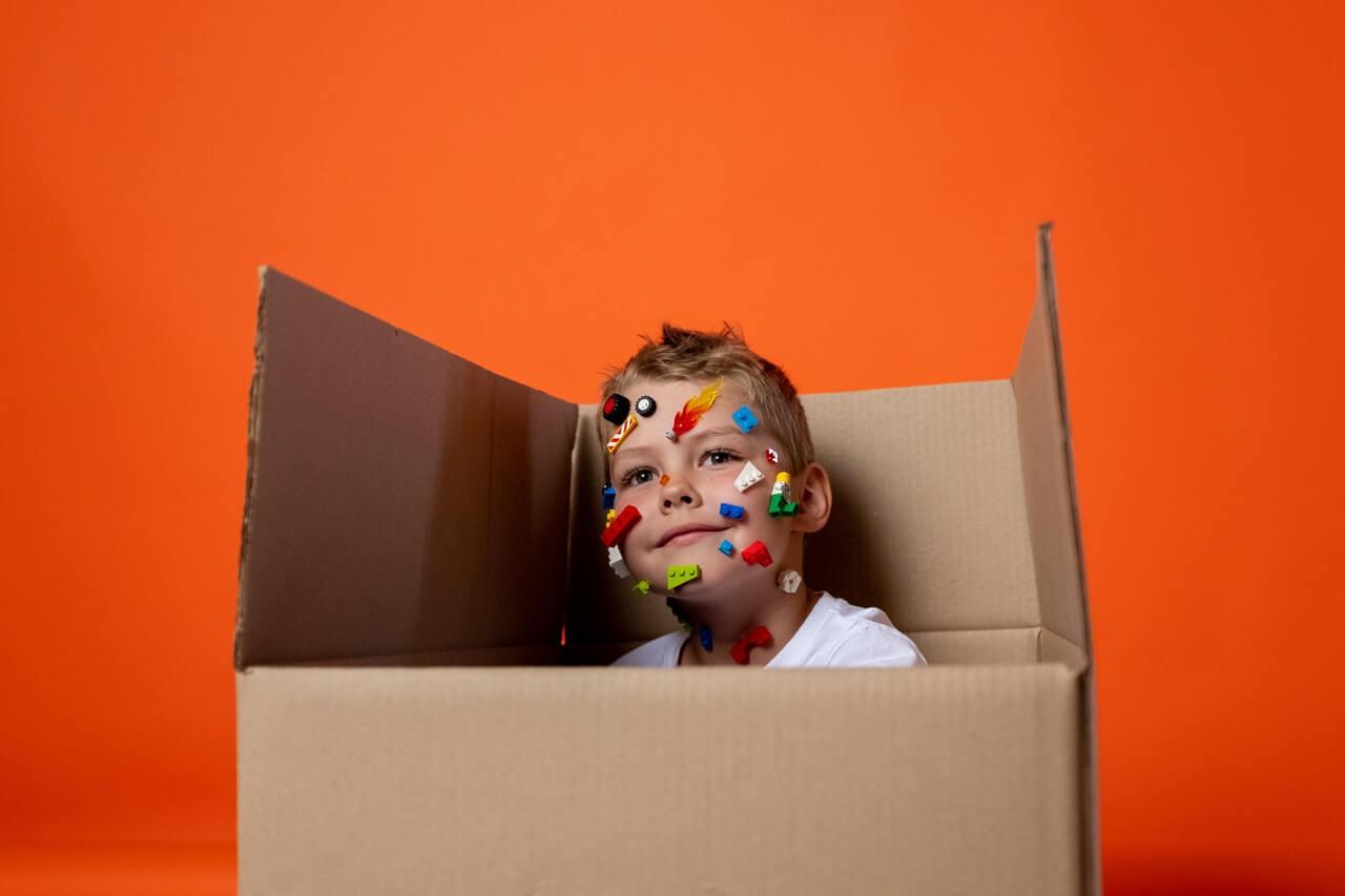 Vyrobte si domček z krabice
