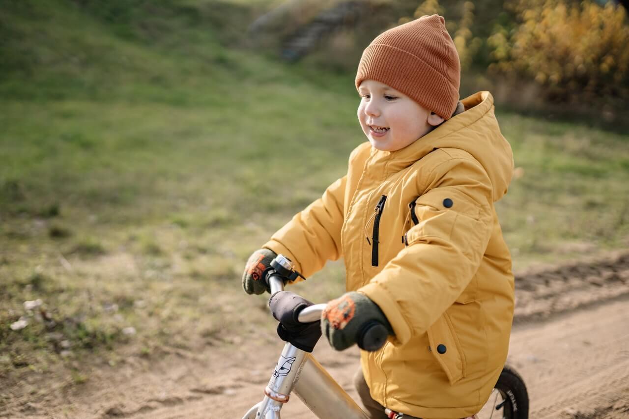 Aká výbava pre deti na bicykel